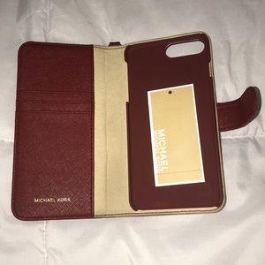 new concept 7e615 e8485 Michael Kors Flip Case Boutique